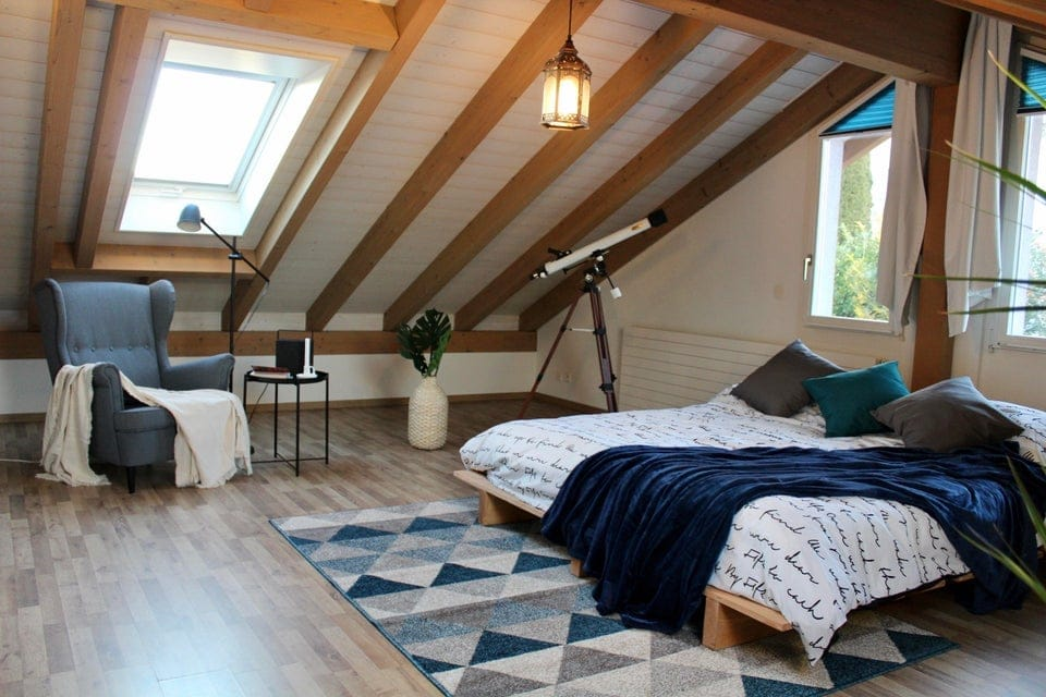 u/Vipe777's Blue, White, and Wood Tone Bedroom