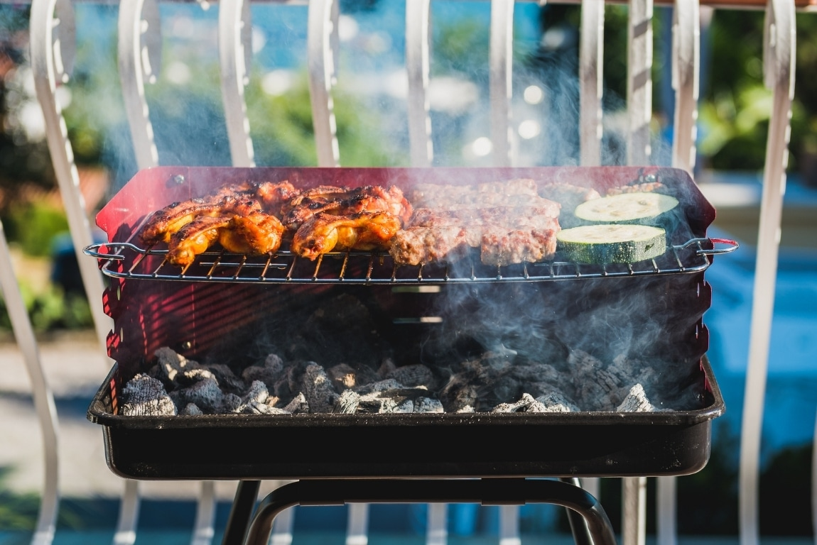 Top 5 Best Grills for Your Apartment Balcony